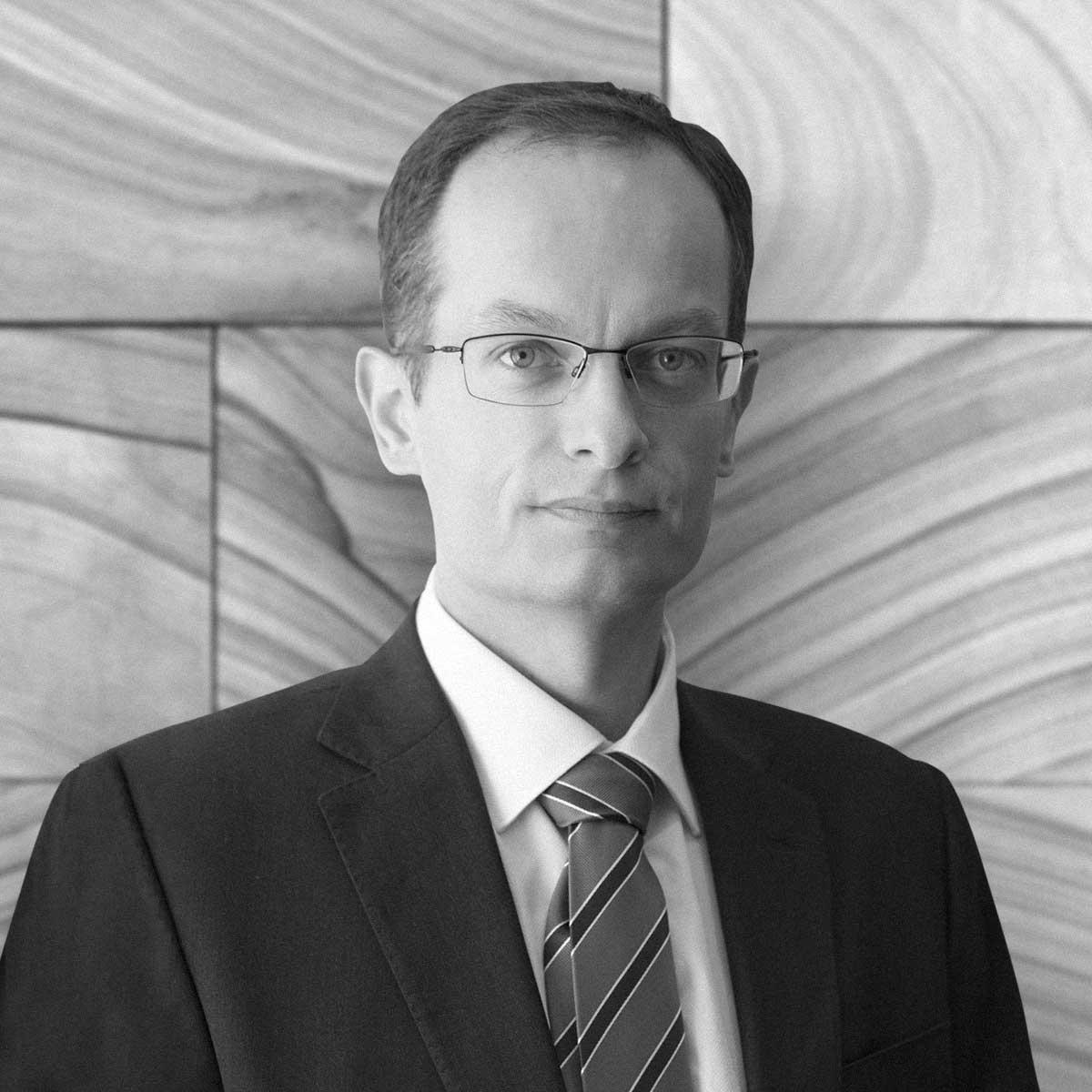 Dr. Sean A Suttor